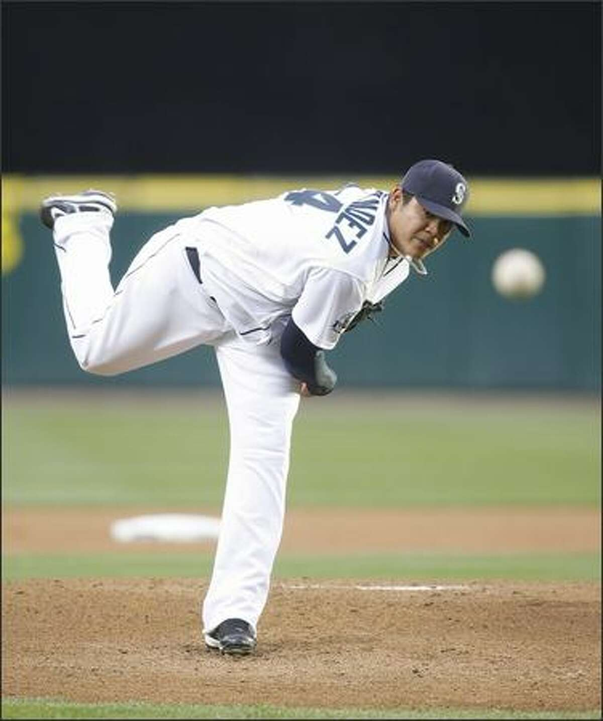 Mariners starter Felix Hernandez gave up three runs in the first inning to end his 17-inning scoreless streak.