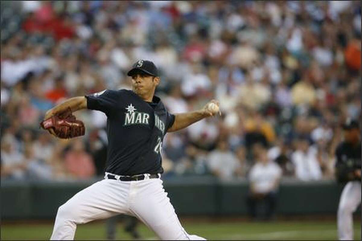 M's starting pitcher Horacio Ramirez at work against the Boston Red Sox.