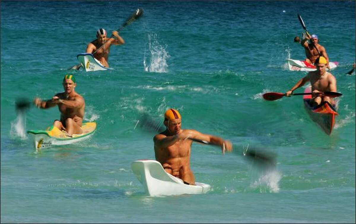 Men compete in the single ski race during day three of the 2008 Australian Surf Lifesaving Championships held at Scarborough Beach in Scarborough, Australia. (Photo by Ezra Shaw/Getty Images)