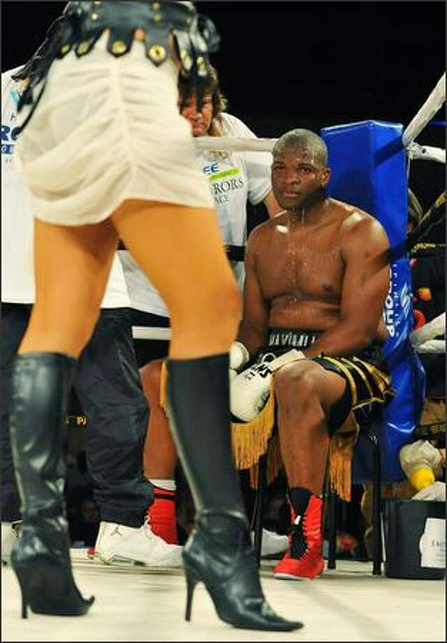 Osborne Machimane is seen during his fight against Miyan Solomons during a heavyweight match held at Emperors Palace in Kempton Park in Johannesburg, South Africa. (Photo by Duif du Toit/Gallo Images/Getty Images)