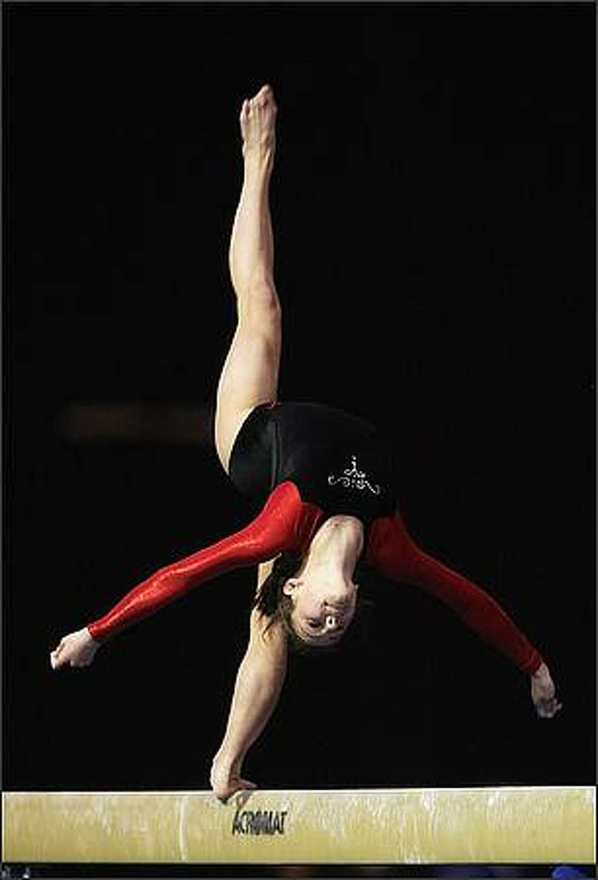Ashleigh Wade of Canterbury competes on the beam during the 2008 National Gymsports Championships at Mystery Creek on September 30, 2008 in Hamilton, New Zealand. (Photo by Sandra Mu/Getty Images)