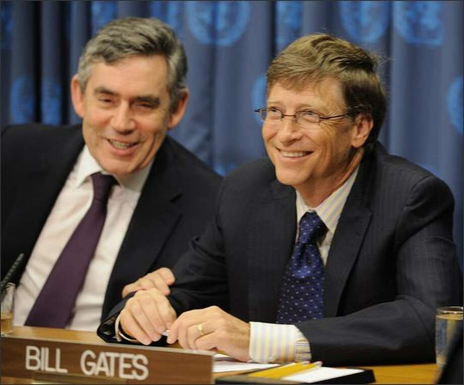 Gordon Brown, left, Prime Minister of the United Kingdom, and Bill Gates, Chairman of the Bill & Melinda Gates Foundation, during a news conference on the Global Campaign for Health at the United Nations  in New York. Photo: Getty Images / Getty Images