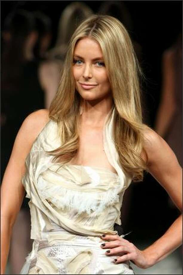 Jennifer Hawkins wearing a design by Maticevski walks the catwalk as part of the L'Oreal Melbourne Fashion Festival in Shed 4, Victoria Harbour on March 3, 2008 in Melbourne, Australia. Photo: Getty Images / Getty Images