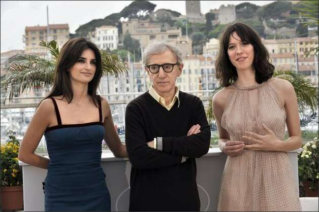 "Spanish actress Penelope Cruz, U.S. director Woody Allen and British actress Rebecca Hall pose during a photocall for their film ""Vicky Cristina Barcelona."" The movie, which is screening out of competition, drew big laughs and applause at a packed press preview. Photo: Getty Images / Getty Images"