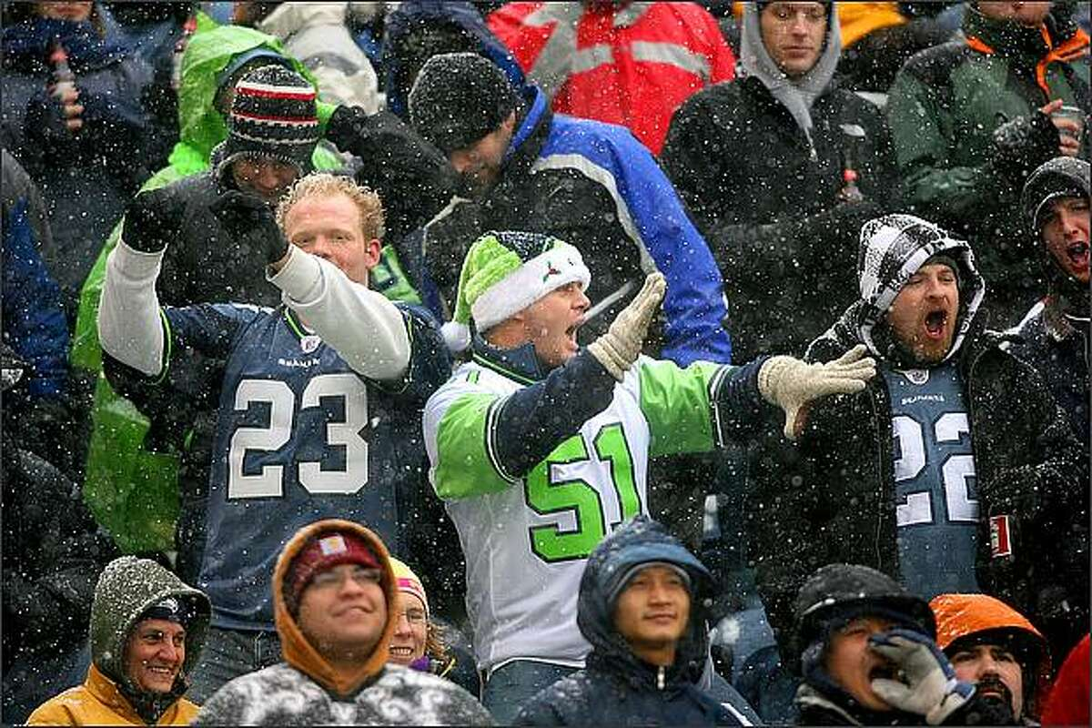 Seahawks' fans were dancing in the aisles as the Seahawks beat the New York Jets 13-3 at Qwest Field.
