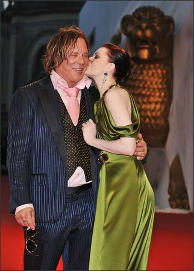 Actors Mickey Rourke and Evan Rachel Wood attend the 'The Wrestler' premiere at the Sala Grande during the 65th Venice Film Festival in Venice, Italy. Photo: Getty Images / Getty Images