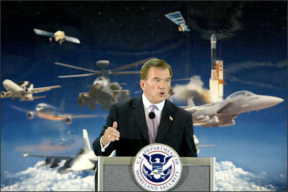Homeland Security Secretary Tom Ridge speaks to a group of Boeing Co. employees during a visit to Seattle. Photo: Scott Eklund, Seattle Post-Intelligencer / Seattle Post-Intelligencer