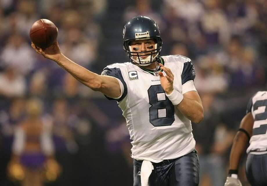 Matt Hasselbeck #8 of the Seattle Seahawks passes the ball against the Minnesota Vikings at the Metrodome in Minneapolis on Sunday, Nov. 22, 2009. Photo: Getty Images / Getty Images