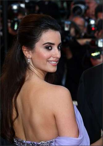 "Actress Penelope Cruz attends the ""Broken Embraces"" premiere held at the Palais Des Festivals. Photo: Getty Images / Getty Images"