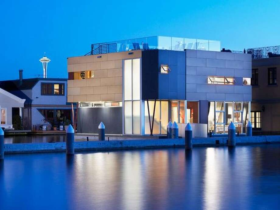 Located in Seattle, this home sits on an interior living space of 2,866 sq ft, offering views of Lake Union, the city skyline, Olympic Mountains and sunsets. This luxury floating home has 3 bedrooms and 3.25-baths and offers 1,100 sq ft of an underwater basement complete with aquarium windows. It is listed at $3.45 million. The house is located at 2369 Fairview Ave E #6. See the real estate listing for more information. (Coldwell Banker Bain)