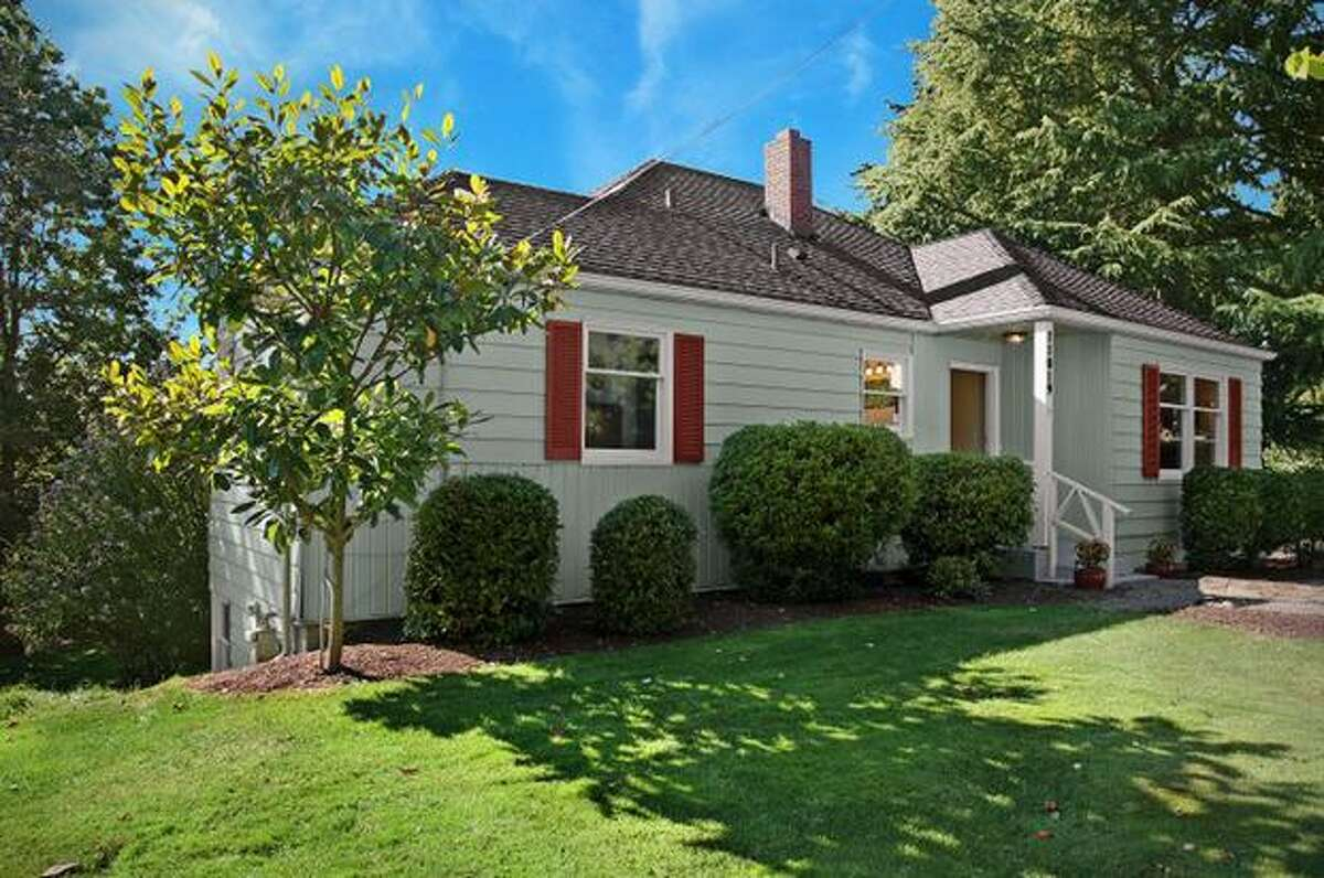 What is the market like for homes just under $400,000? Here are four houses in the area that are currently listed at that price. This $399,950 home at 11019 3rd Ave. N.W. in Ballard has three bedrooms and 1.5 bathrooms. Built in 19477, this 1,900 square foot house has a deck, a backyard and a one-car garage. (Windermere.com) See the listing.