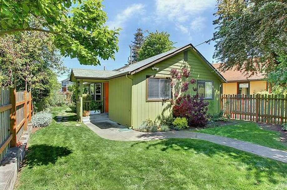 What is the market like for homes around $300,000? Here are four home in that price range in the Seattle area.  This $265,000 home at 8630 Wabash Ave. S. in Rainier Beach has three bedrooms and one bathroom. Built in 1914, this 800 square foot house sits on a 4,000 square foot lot with a fully-fenced yard and a patio. (Windermere.com) See the listing.