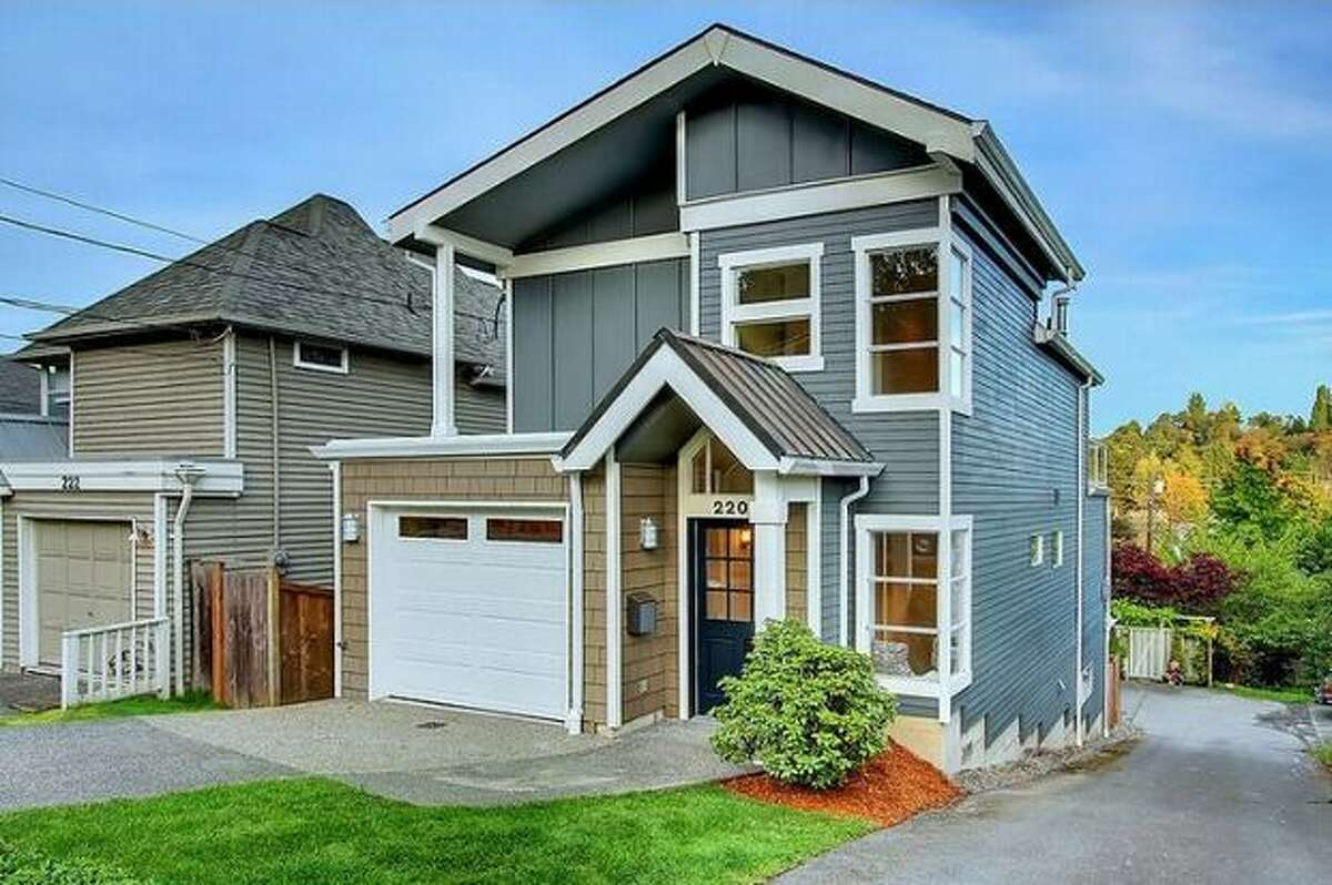 What is the market like for homes in Seattle around 1,800 square feet? Here are four houses with four different price points. This $499,000 home at 220 27th Ave E near Madison Valley has three bedrooms and 2.5 bathrooms. Built in 1993, this 1,750 square foot house has two large decks, a chef's kitchen, refinished hardwood floors and a gas fireplace. (Windermere.com) See the listing.
