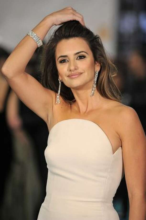 "Spanish actress Penelope Cruz attends Goya awards 2010 photo call at ""Palacio de Congresos"" in Madrid. Photo: Getty Images / Getty Images"