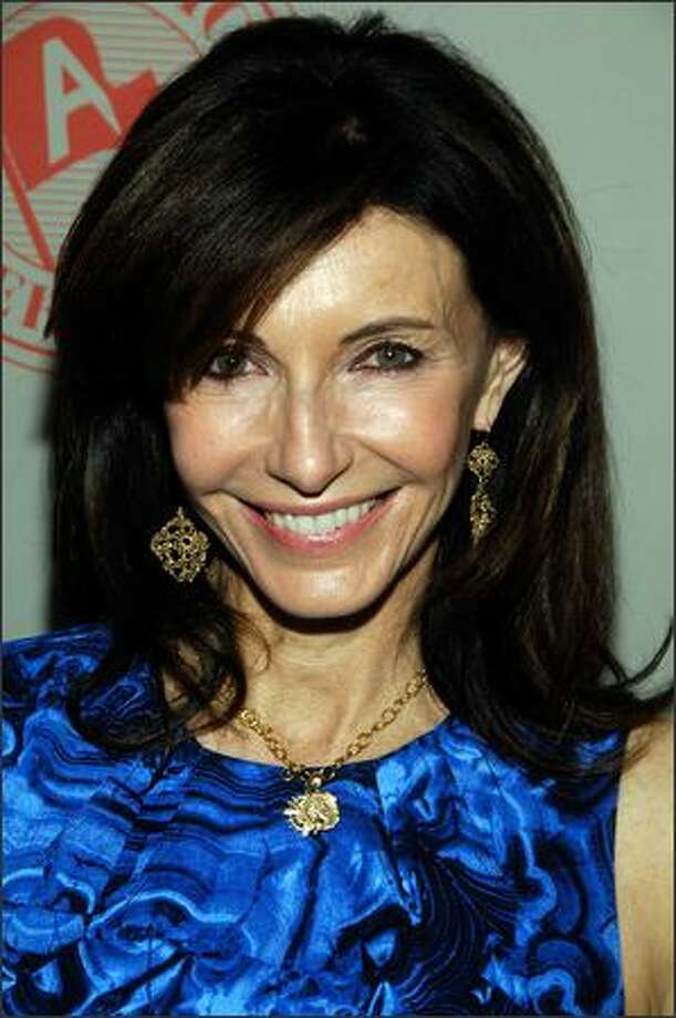 Actress Mary Steenburgen attends the Atlantic Theater Company's 2009 Spring Gala in New York City. Photo: Getty Images / Getty Images