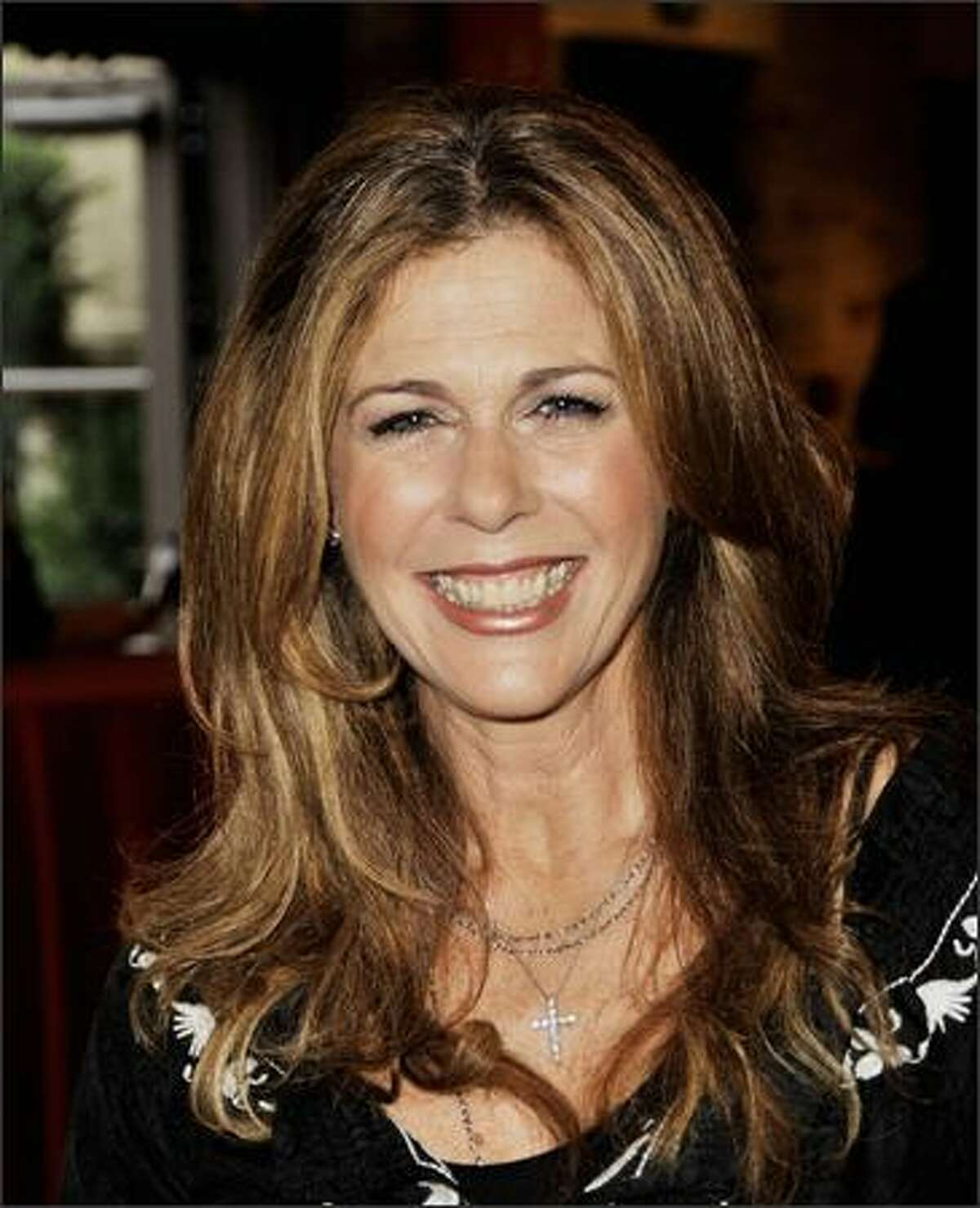 Actress Rita Wilson arrives at Shakespeare Festival/LA's Simply Shakespeare 2009 'The Comedy of Errors' at The Geffen Playhouse in Los Angeles, California.