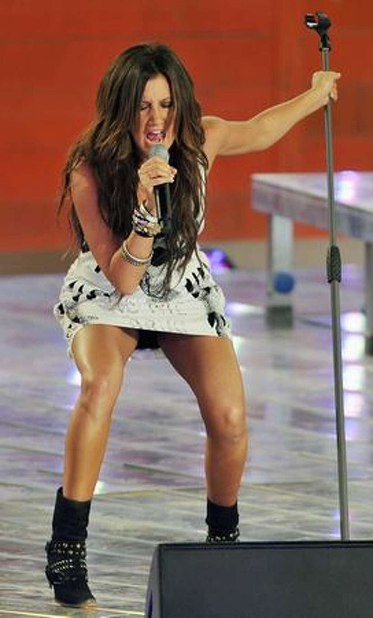 """Us actress and singer Ashley Tisdale performs on stage at the German television show """"Wetten Dass...?"""" in the Spanish Island's capital Palma de Mallorca on June 13."""