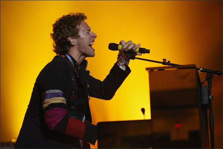 Chris Martin of Coldplay performs live on stage at Carling Brixton Academy in London, England. Photo: Getty Images / Getty Images