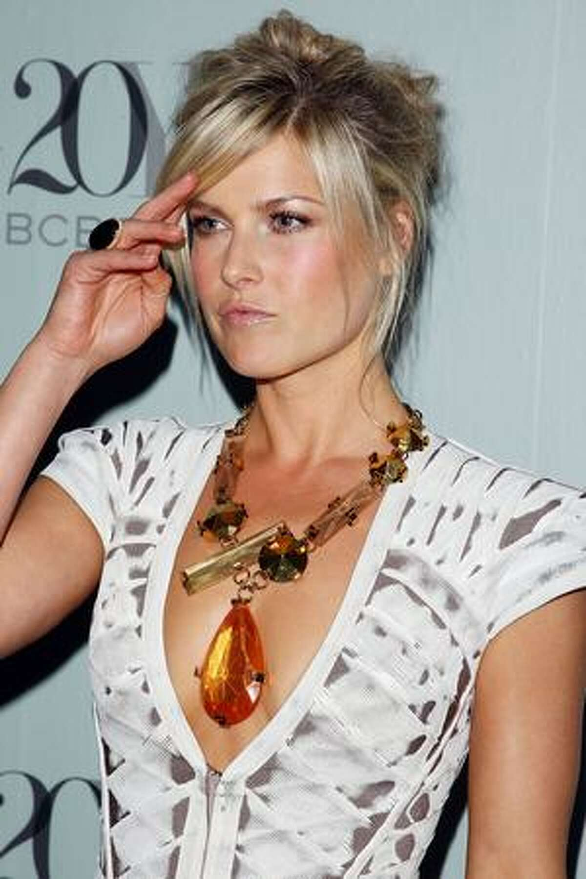 Actress Ali Larter attends the 2009 Whitney Contemporaries Art Party And Auction at Skylight in New York City.