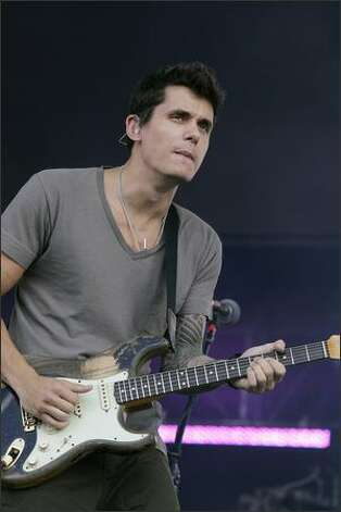 Musician John Mayer performs at the Hard Rock Calling Festival in London, England. Photo: Getty Images / Getty Images