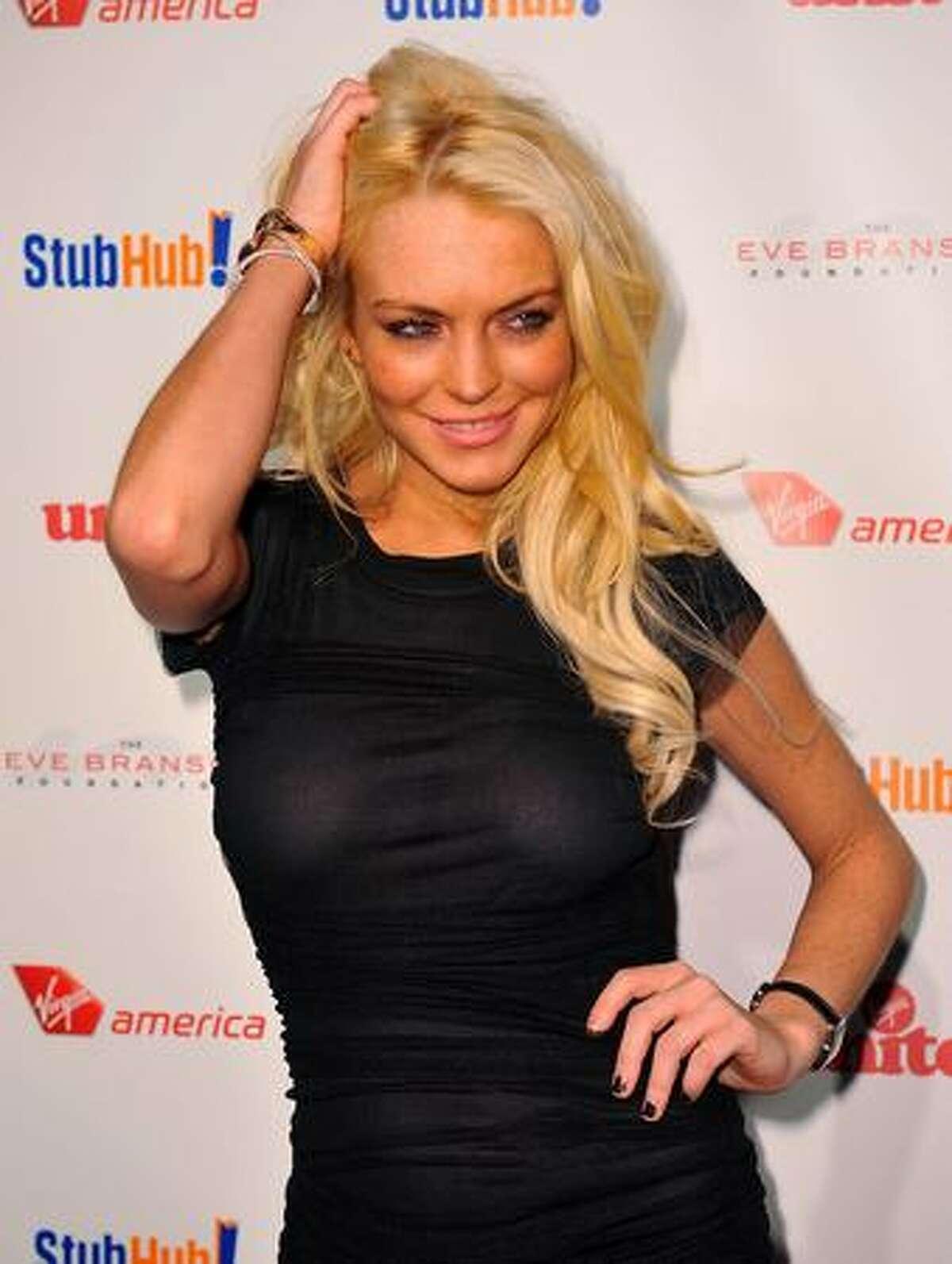 Actress Lindsay Lohan arrives at the