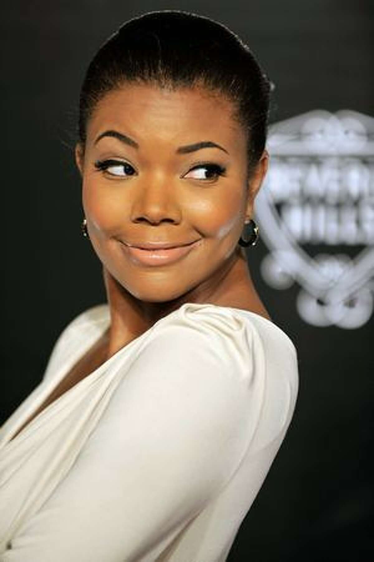 Actress Gabrielle Union arrives at the Rodeo Drive Walk of Style Award honoring Princess Grace (Kelly) of Monaco and Cartier in Beverly Hills, California.