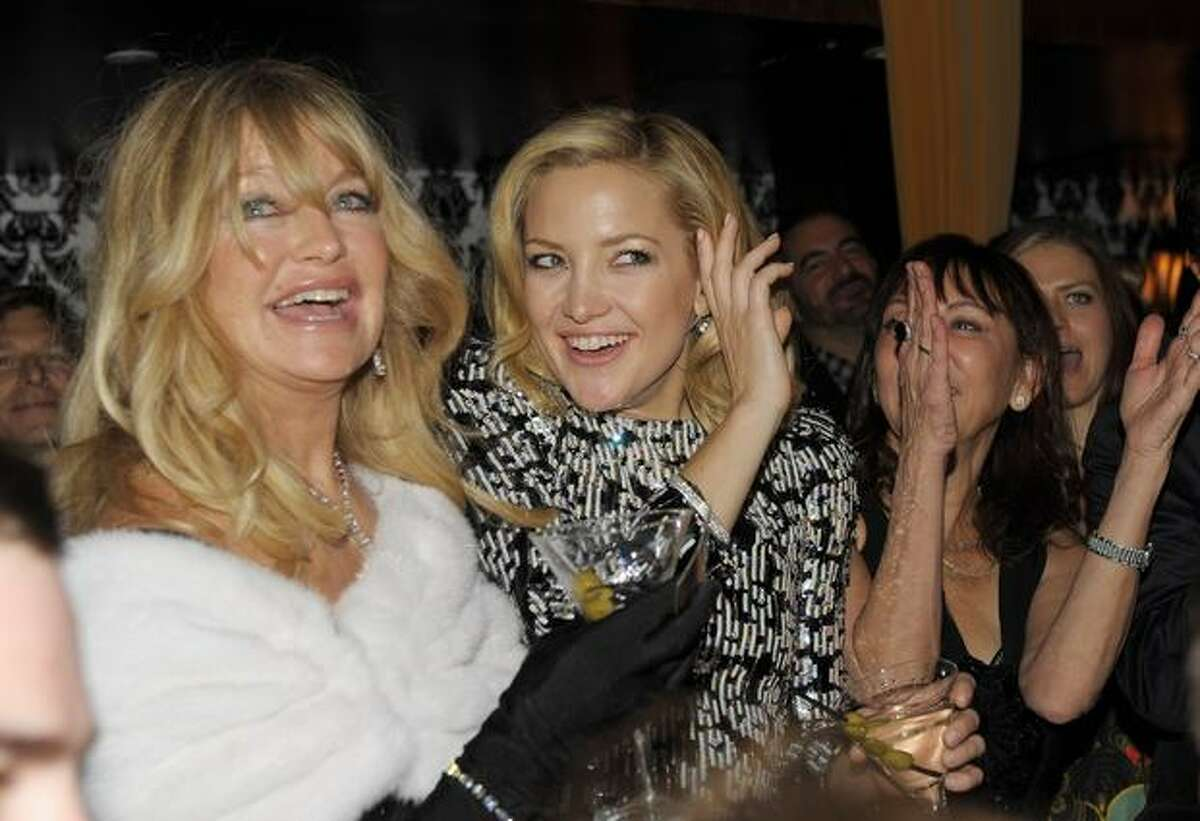 Actresses Goldie Hawn (L) and Kate Hudson attend the after party of the New York premiere of