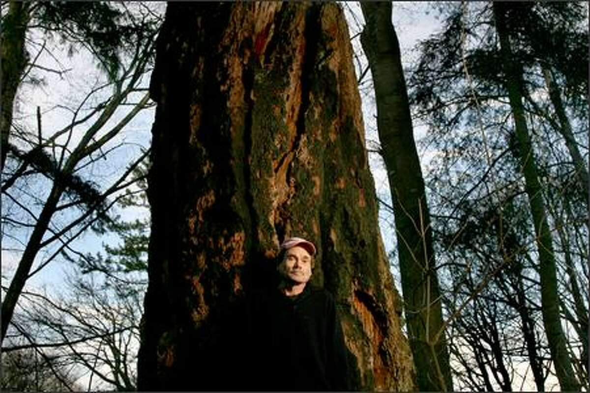 """Author Pete Dexter at his home on Whidbey Island. Dexter is taking part in the P-I's 2007 """"Writers in Residence"""" program."""