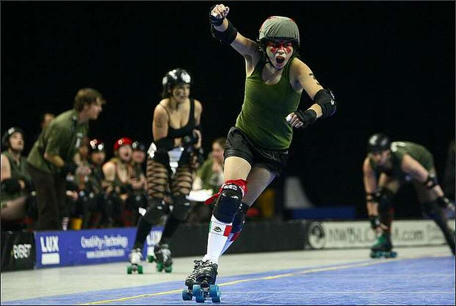 Coming soon to a viaduct near you: Rat City Rollergirls Photo: Joshua Trujillo, Seattlepi.com / seattlepi.com