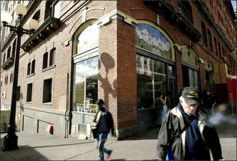 The old Morrison Hotel already has some services for the homeless in it. Now it also will house a hygiene center, mainly for men. A proposal from Mayor Greg Nickels to build elsewhere was shelved as too expensive. Photo: Dan DeLong, Seattle Post-Intelligencer / Seattle Post-Intelligencer