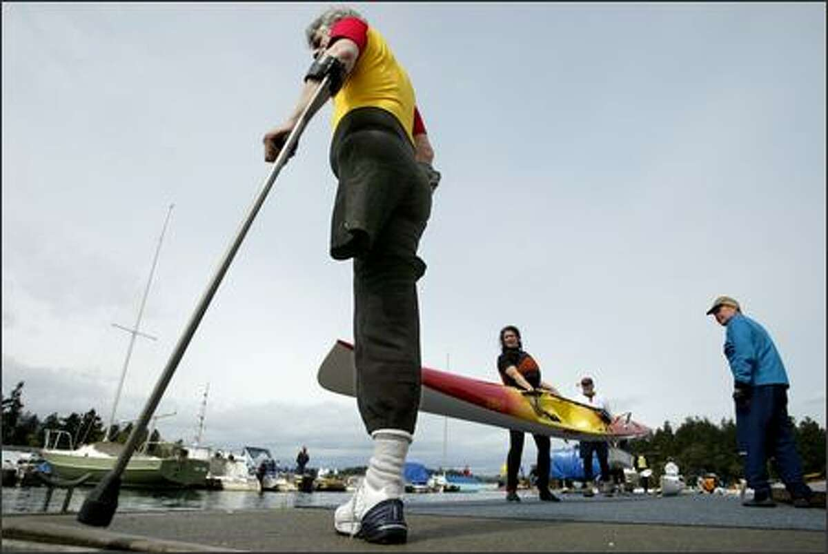 Zeke Hoskin of Bellingham did not let the loss of a leg stop him from racing in the American Lake Classic in Lakewood on April 21. Proponents of human-powered watercraft of all sorts, the Sound Rowers Open Water Club sponsors 16 low-key but competitive races throughout the Puget Sound area for kayaks, canoes, shells, dories and other boats. Their signature event is the Great Cross Sound Race every August. Getaways takes part in the third race of the season, the American Lake Classic. This will be a Getaways centerpiece that will run on the Thursday before Opening Day of boating.