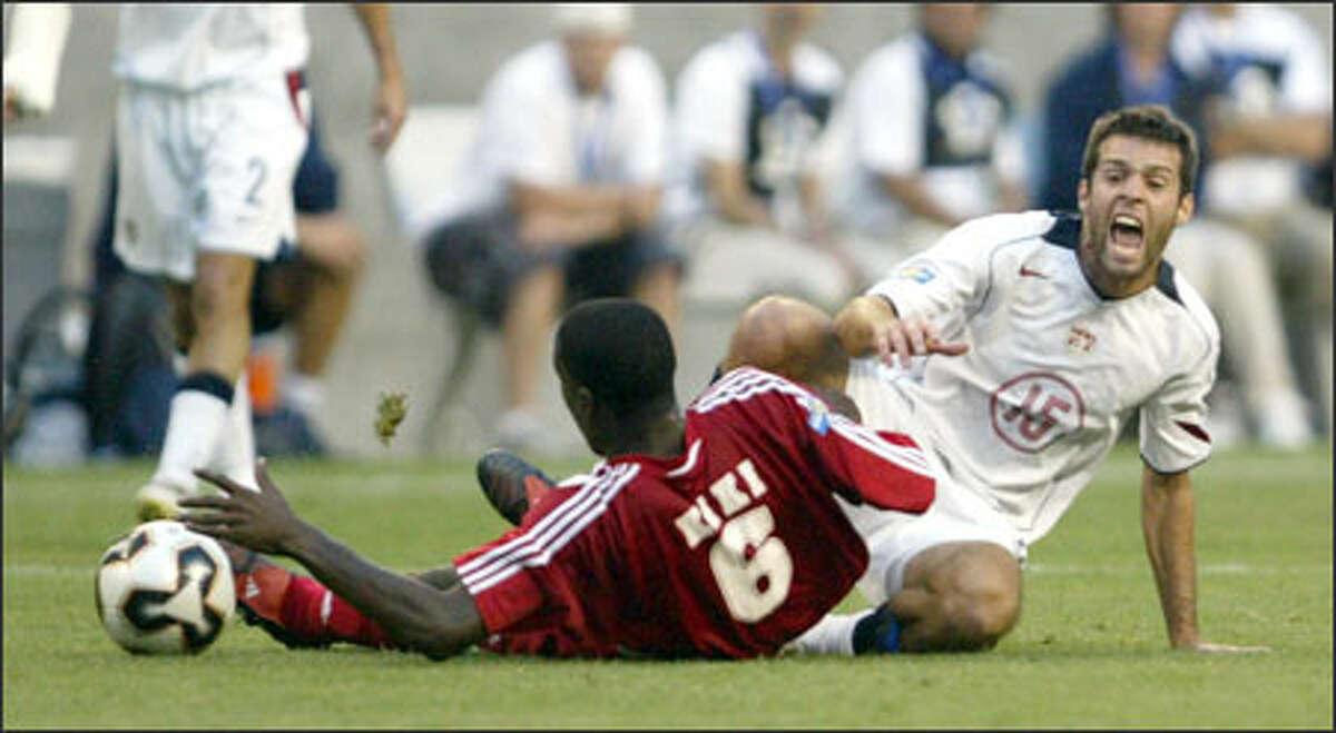 Cuba midfielder Enrique
