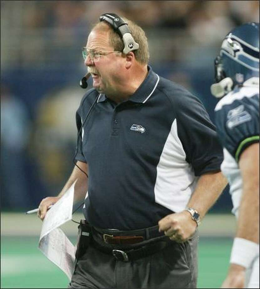 Mike Holmgren was furious with the officials as they overturned their original call of a reception by Darrell Jackson in the third quarter. Photo: Scott Eklund, Seattle Post-Intelligencer / Seattle Post-Intelligencer