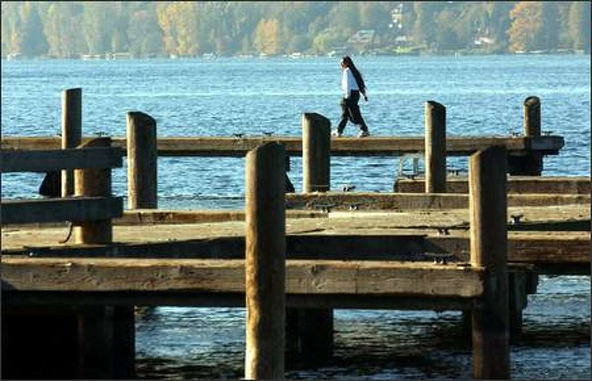Kirkland City Dock, at the foot of Kirkland Avenue adjacent to Marina Park, is an inviting place to take a walk.