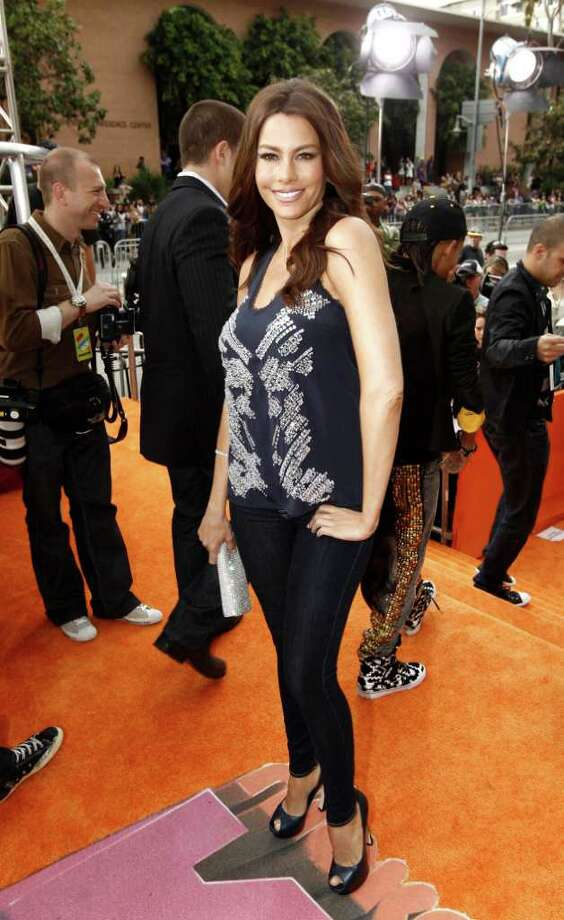 Actress Sofia Vergara arrives at Nickelodeon's 24th Annual Kids' Choice Awards on Saturday, April 2, 2011, in Los Angeles. Photo: AP