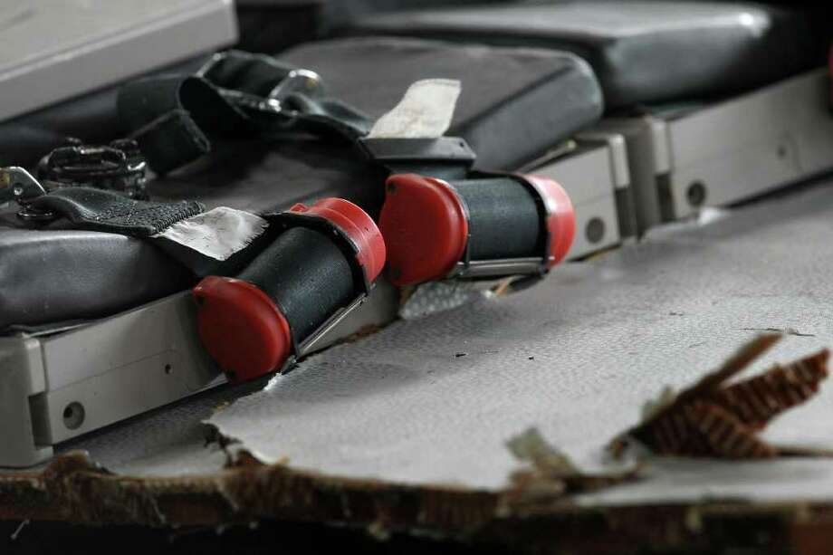 Closeup of seat belts, part ofsome of the first wreckage pieces and objects of the Air France A330 aircraft, flight 447 lost in over the Atlantic ocean on June 1, 2009. Photo: MAURICIO LIMA, AFP/Getty Images / 2009 AFP