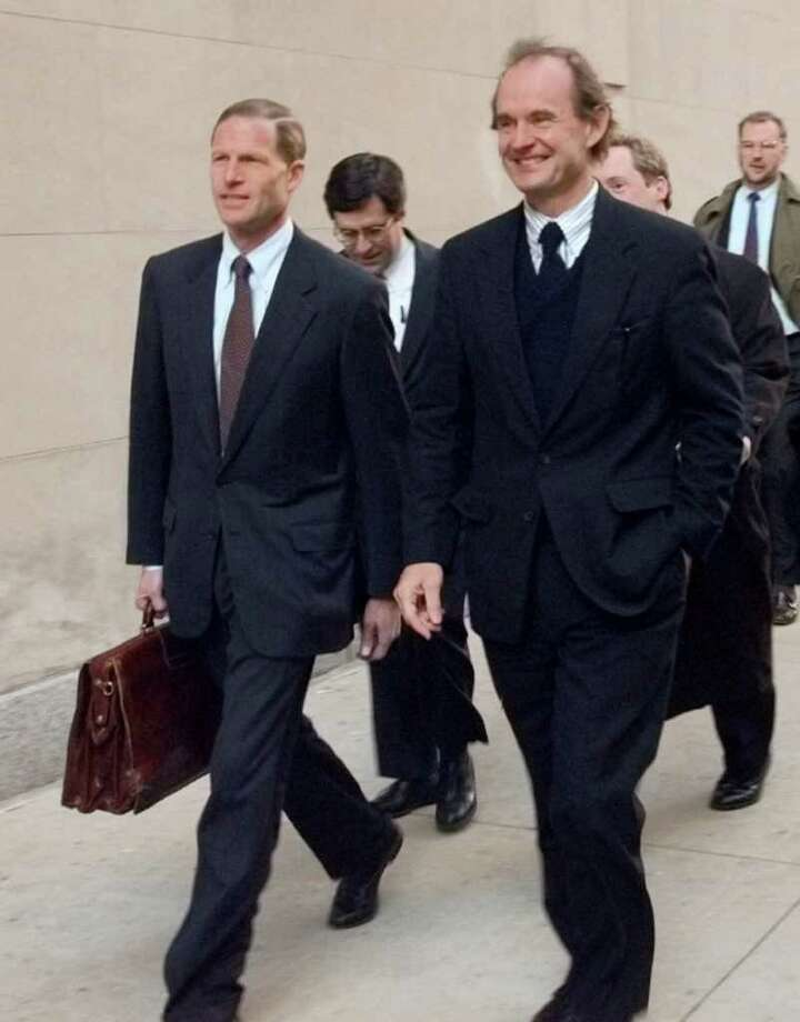 U.S. Justice Department attorney David Boies, right, and Connecticut Attorney General Richard Blumenthal arrive for a private introductory meeting on Nov. 30, 1999, in Chicago, in the government's antitrust case against Microsoft. (AP Photo/Charles Bennett) Photo: CHARLES BENNETT, Associated Press / AP