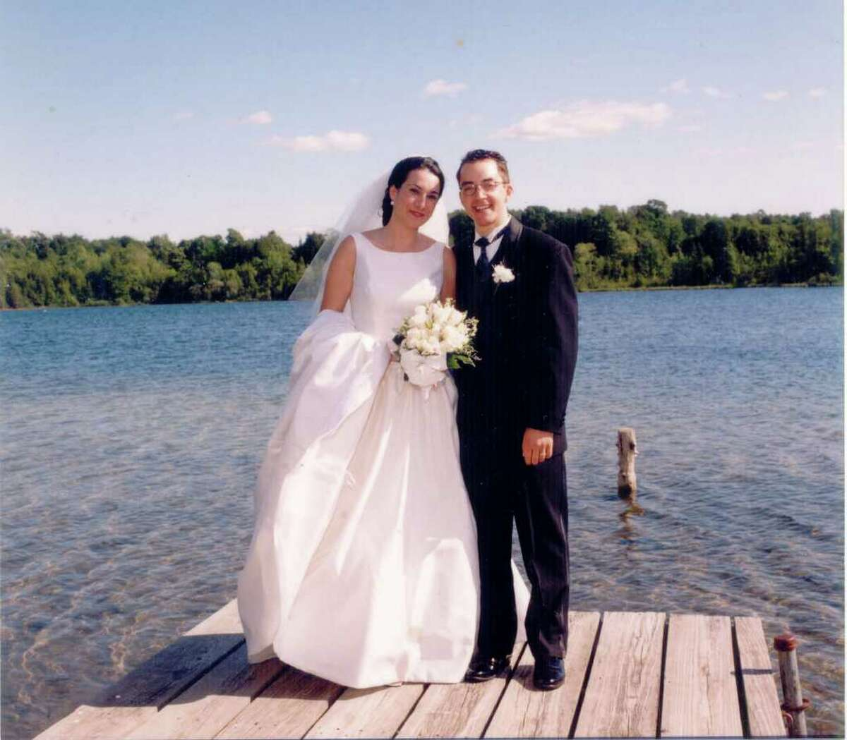 Laura Schiavi and Andrew Walshak were married June 6, 1998, after Andrew finished medical school but before he began his residency in emergency medicine at Yale New Haven Hospital.