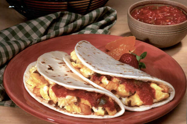 A bacon and egg taco has a moderate 230 calories, but 610 milligrams sodium. A potato and egg taco has 430 milligrams sodium.