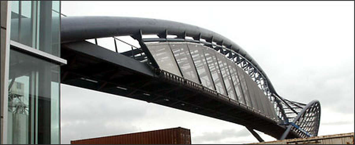 A side view of the new pedestrian bridge to Amgen's waterfront campus.