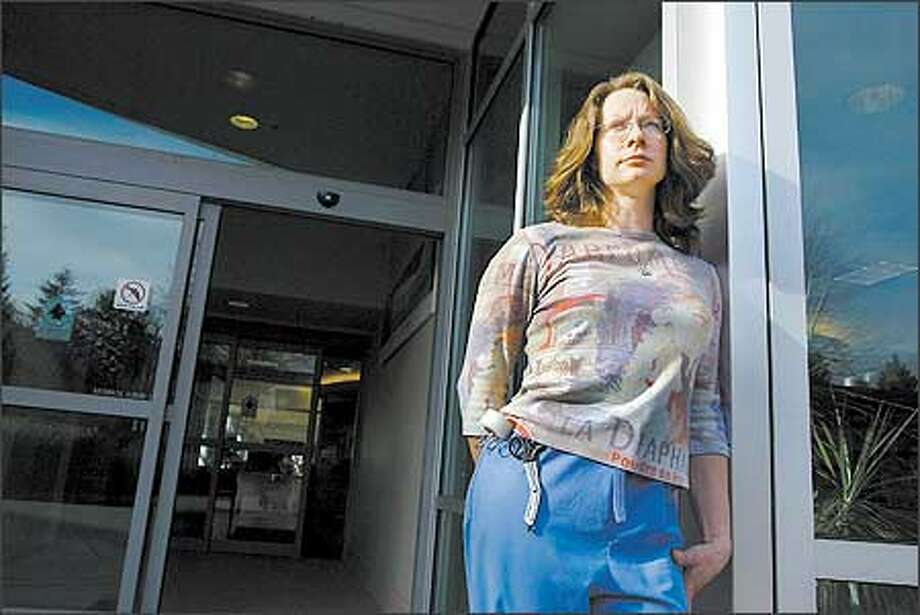 Kathleen Collins, 34, of Lake Stevens said she struggles to get by on the $21,000 she makes a year as an emergency-room technician. Photo: Meryl Schenker, Seattle Post-Intelligencer / Seattle Post-Intelligencer