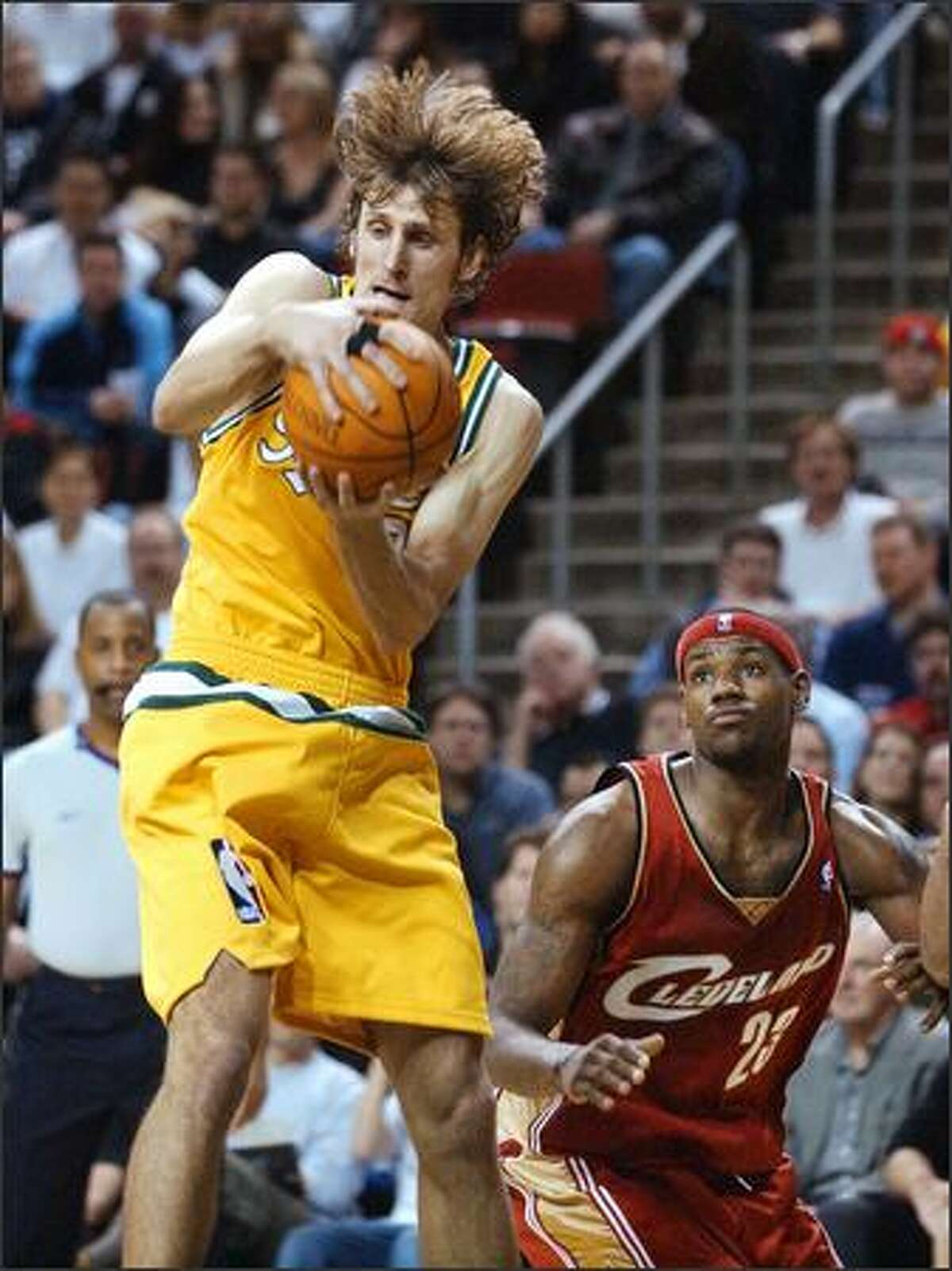 Sonics guard Brent Barry dislikes the attention that surrounds the NBA trading deadline.