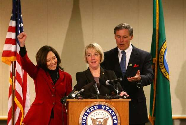 From left, U.S. Senator Maria Cantwell, U.S. Senator Patty Murray and U.S. Rep. Jay Inslee celebrate after Boeing was awarded a $35 billion tanker contract for the U.S. Air Force. Photo: Joshua Trujillo, Seattlepi.com / seattlepi.com