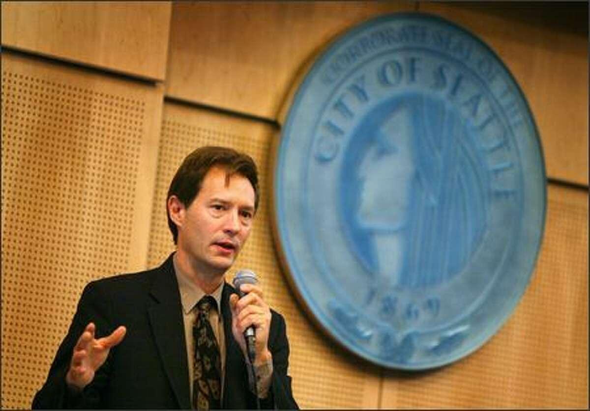 Peter Steinbrueck won't seek new council term.