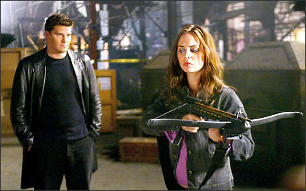 Angel (David Boreanaz) is reunited with former enemy and pet redemption project Faith (Eliza Dushku), the renegade vampire slayer.
