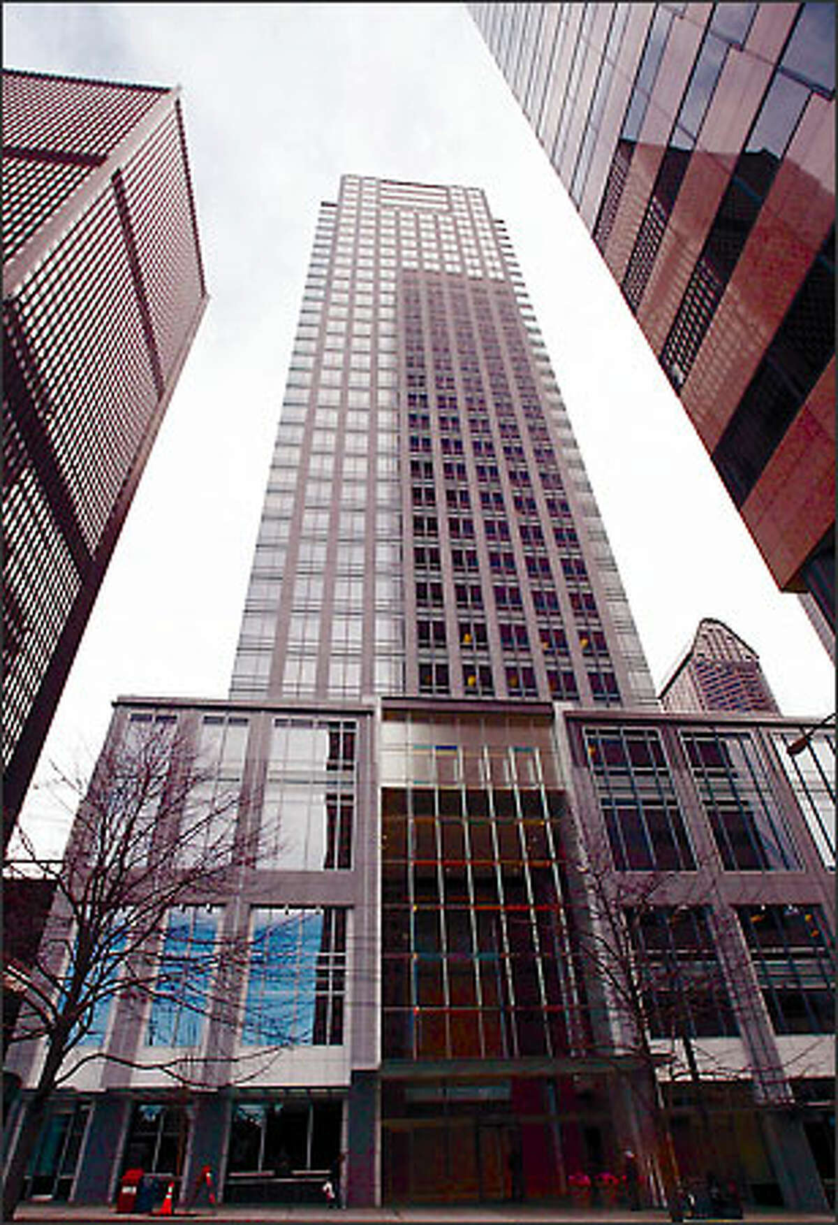 The IDX tower, Seattle's first skyscraper in more than a decade, appears taller than its 40 stories thanks to its take on an early skyscraper design called Art Moderne. This is the view from Third Avenue.