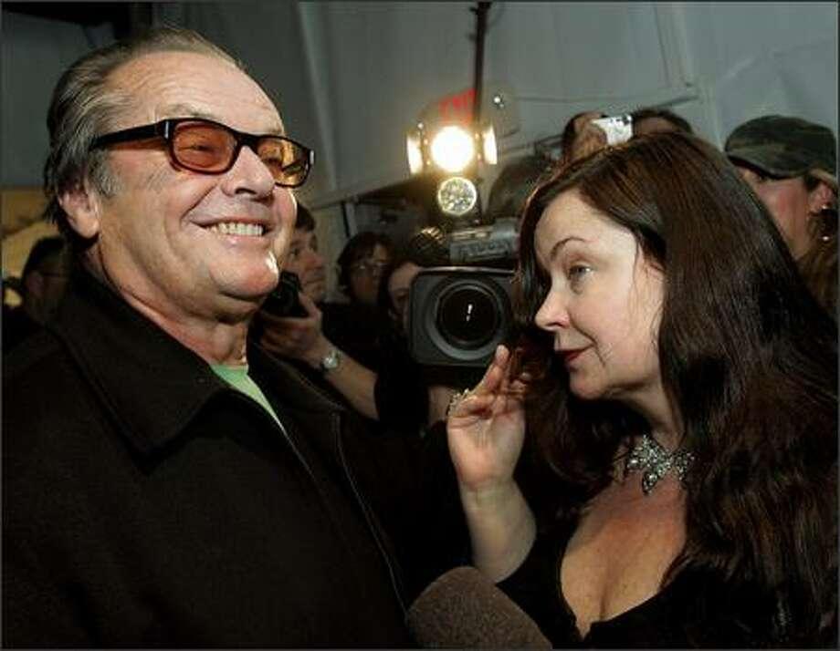 Jack Nicholson and his daughter Jennifer Nicholson meet backstage. (AP Photo/Kevork Djansezian) Photo: Associated Press / Associated Press