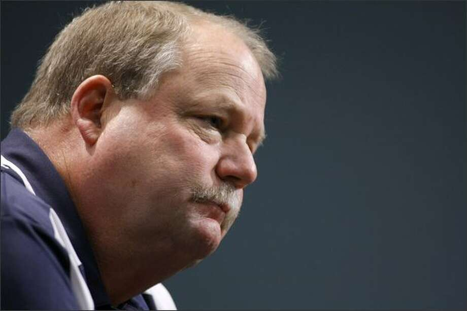 Seattle Seahawks outgoing head coach Mike Holmgren holds his final press conference at the team's Renton practice facility on Tuesday, Dec. 30, 2008. (Seattle Post-Intelligencer, Andy Rogers) Photo: P-I File / P-I File