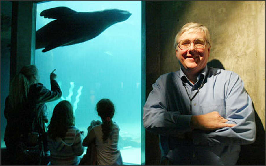 Among his other tasks, new director John Braden will be at the helm as the aquarium shifts from city management to the private, non-profit Seattle Aquarium Society. Photo: Paul Joseph Brown, Seattle Post-Intelligencer / Seattle Post-Intelligencer