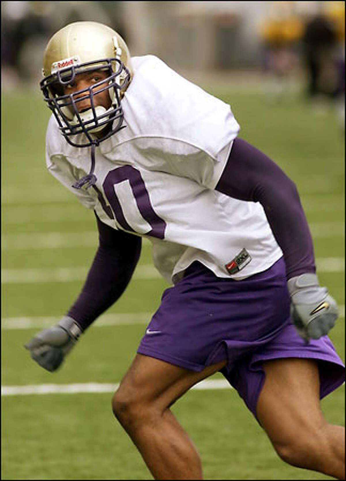 The Huskies junior outside linebacker Kai Ellis impresses coaches at practice.